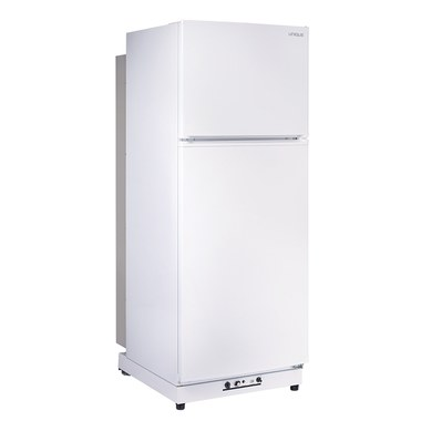 Unique UGP-13SMW Unique 13 Off-Grid 13 4 Cu/Ft Propane Refrigerator with  Freezer