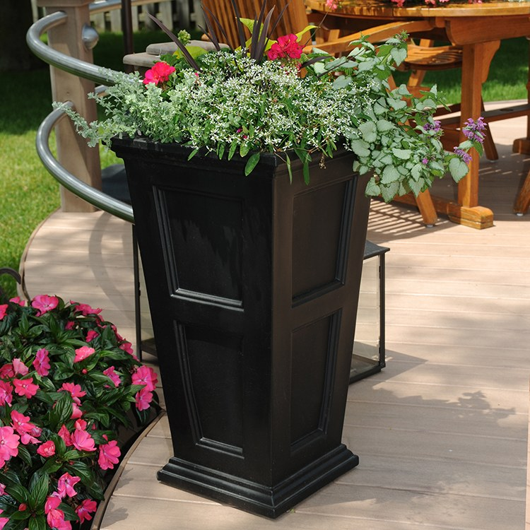 Mayne 5829 B Fairfield Patio Planter