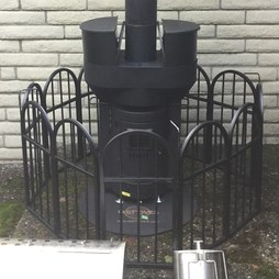 Q-Stoves QFNC Q-Flame 12-Piece Perimeter Fence for Patio Heater