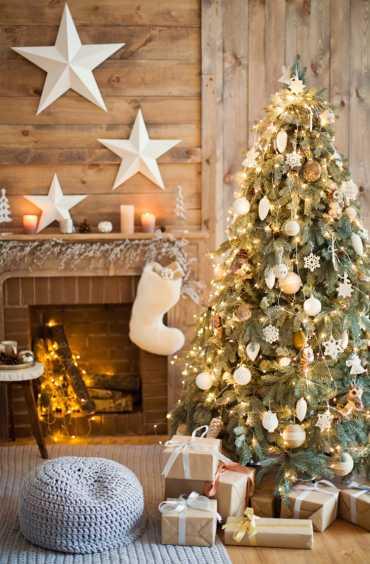 White Christmas decorations offer a versatile and timeless look.